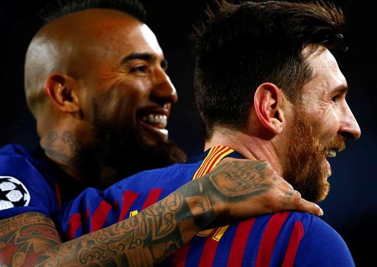 Leo Messi siempre da la cara en Europa. EFE