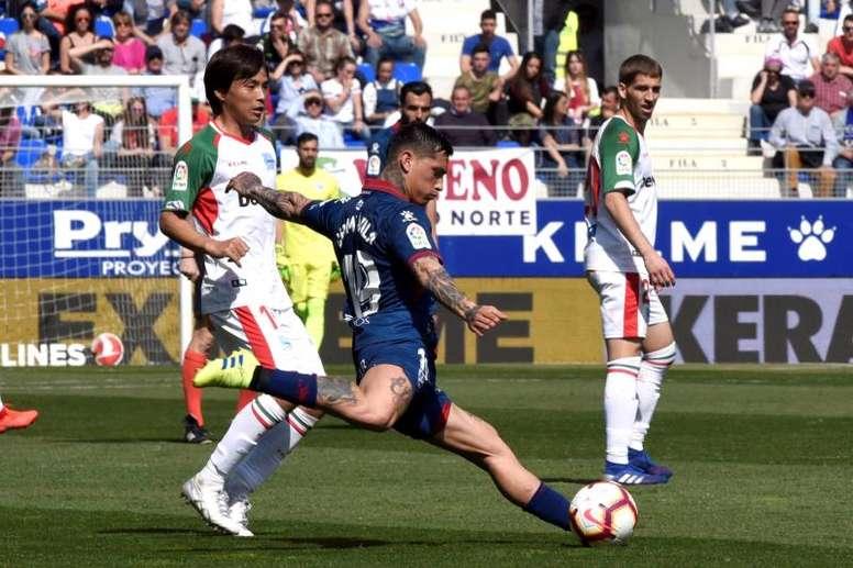El Huesca cayó en casa ante el Alavés. EFE