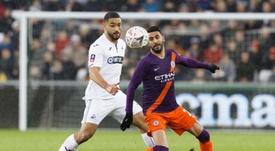 El Tottenham pone a la venta a Carter-Vickers. EFE