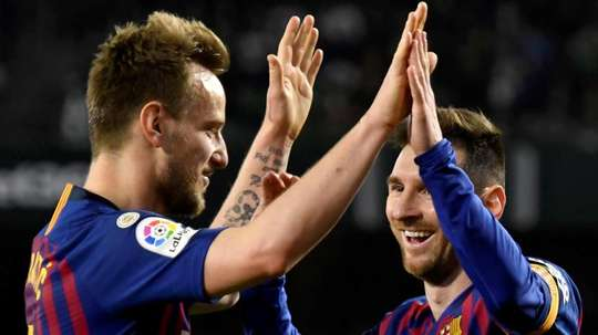 Valverde has assured that Rakitic will continue at the club. EFE