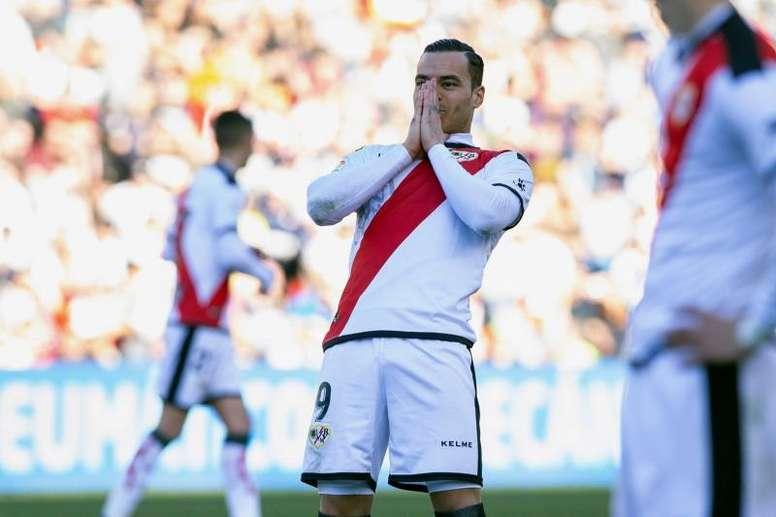 Le Real Madrid et le Benfica en pleine négociations pour De Tomás. EFE
