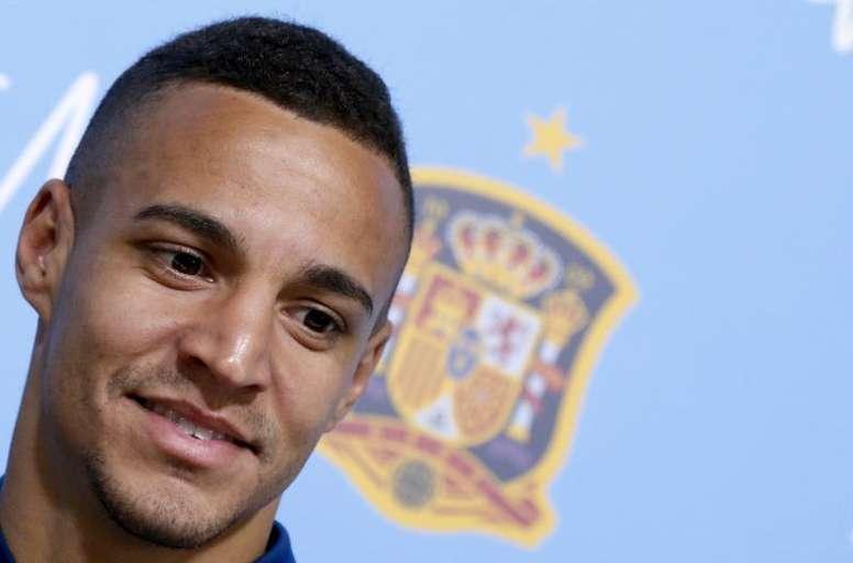 Rodrigo, encantado en el Valencia. EFE