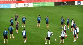 España jugará el martes ante Israel. EFE