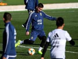 Messi capitaliza el duelo sudamericano. EFE