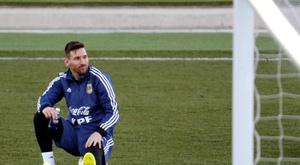 Messi arrives back in Barcelona after leaving Argentina camp. EFE