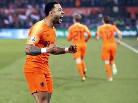 Depay could be an option for Liverpool if Mane leaves. EFE