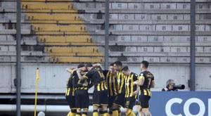 Peñarol recuperó la primera plaza. EFE