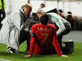 Ronaldo left Portugal's match early with injury. EFE