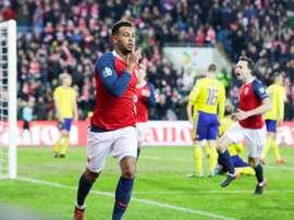 Noruega dejó escapar un 2-0, pero logró empatar a tres. EFE