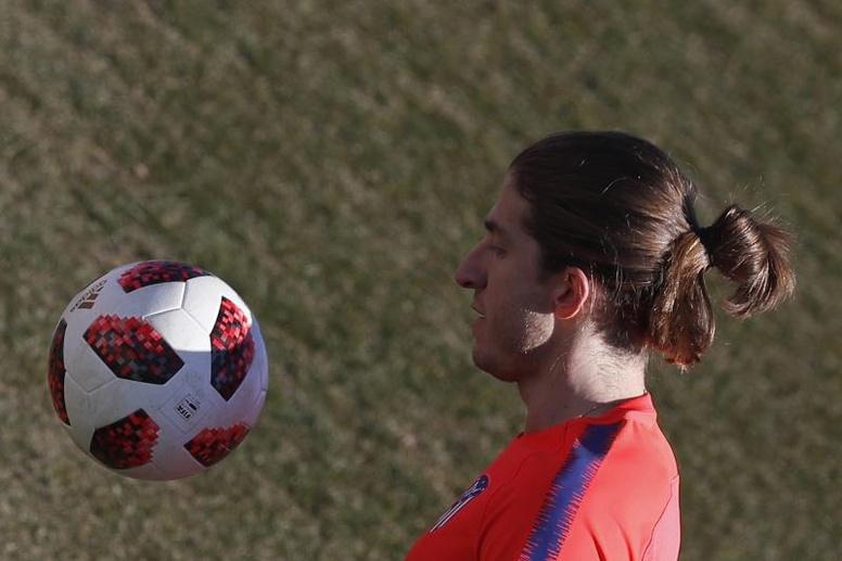 Filipe Luis sigue sin renovar. EFE/Archivo