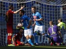 El Nápoles alejó a la Roma de Ranieri de la Champions. EFE