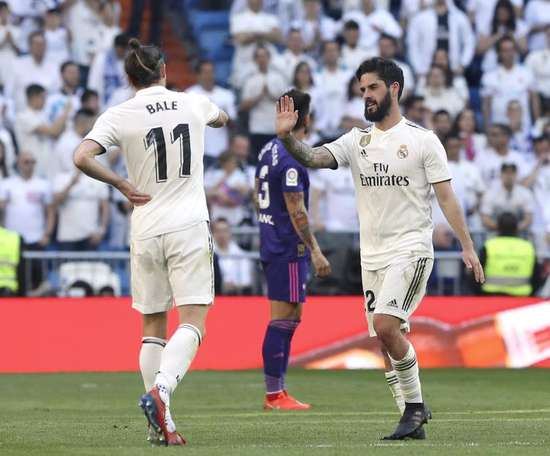 Isco and Bale look to be leaving the club in the summer. EFE