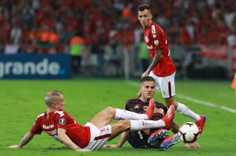 D'Ale faz história no Inter e segue decisivo. EFE