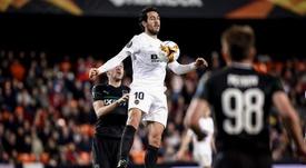 Parejo took the mic at Mestalla. EFE