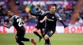 El Sevilla se llevó tres puntos de oro y hundió al Valladolid. EFE