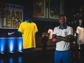 A alegria de Vinícius após ser convocado. EFE/ Pedro Martins/Nike