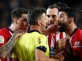 Diego Costa castigado em oito encontros depois da expulsão frente ao Barcelona. EFE