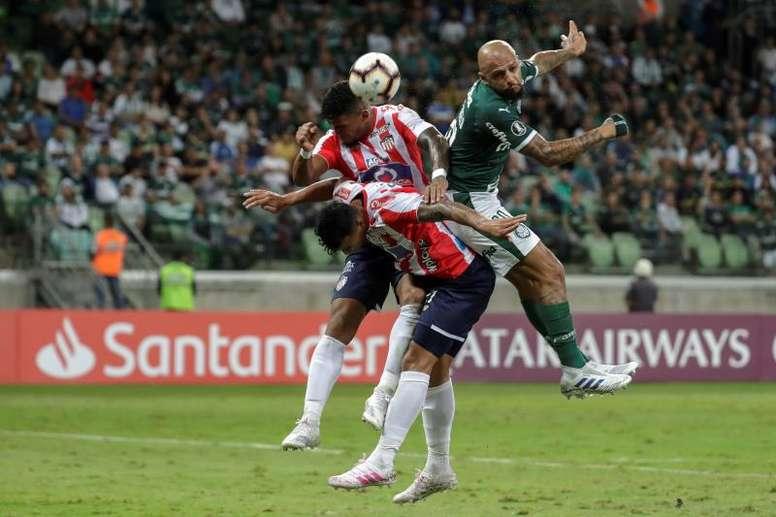Palmeiras quiere renovar a su líder Felipe Melo. EFE