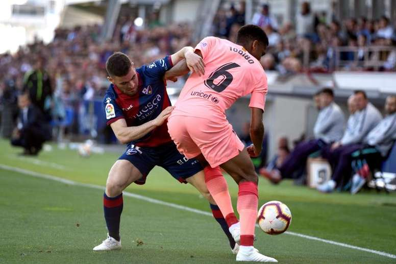 Todibo to play along with Lenglet. EFE