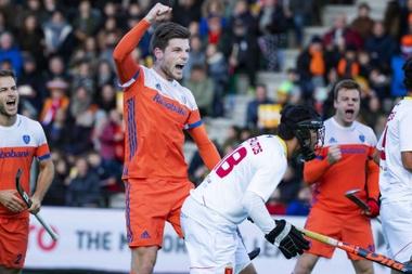 La selección española masculina de hockey volvió a caer derrotada este sábado en Rotterdam ante Holanda (4-0) EFE/EPA