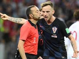 Çakir, un árbitro experimentado para un partido difícil. EFE