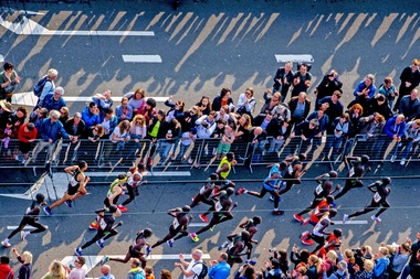 El maratón masculino de los Juegos Olímpicos de Tokio 2020 comenzará a las 6 de la mañana del día 9 de agosto, según el calendario detallado hoy por el comité organizador. EFE/Archivo