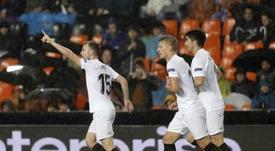 El Valencia siempre sonrió ante el Arsenal. EFE