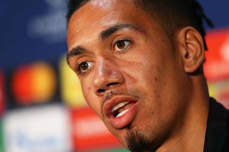 Smalling will return to Man Utd before the Europa League. EFE