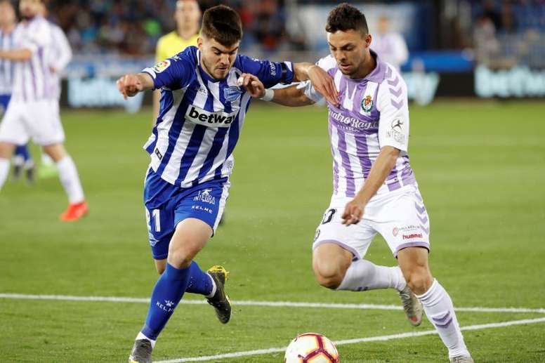 Alavés y Valladolid empataron a dos. EFE