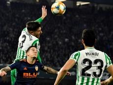Betis y Valencia quieren Europa y la Champions. EFE