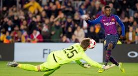 Dembélé no entra en la lista para el choque en Granada. EFE