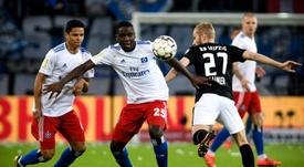 Mangala defendió la camiseta del Hamburgo el pasado curso. EFE