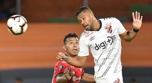 Lyon intervient entre Renan Lodi et l'Atlético. EFE