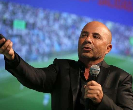 Para mudar de técnico, o Equador já teria o nome desejado é Jorge Sampaoli. EFE/Arquivo