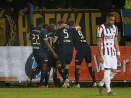 El PSV mantiene el pulso con el Ajax en el liderato. EFE