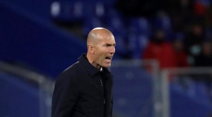 Zidane is now the sixth manager to coach the most La Liga encounters. EFE