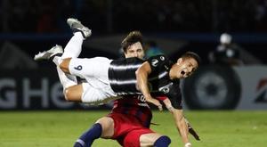 Zamora le quitó el invicto a Cerro Porteño. EFE