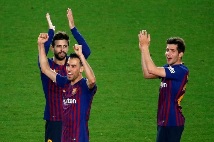 El Barça quiere acabar el capítulo de las bajadas de sueldo este mismo martes. EFE