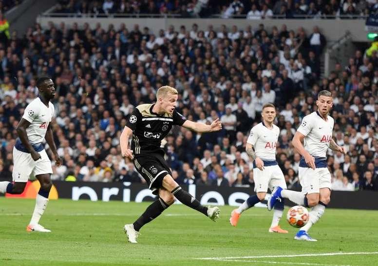 Le Real Madrid attend Van de Beek. EFE