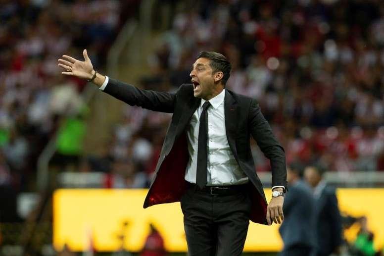 Diego Alonso será el entrenador del Inter Miami. EFE