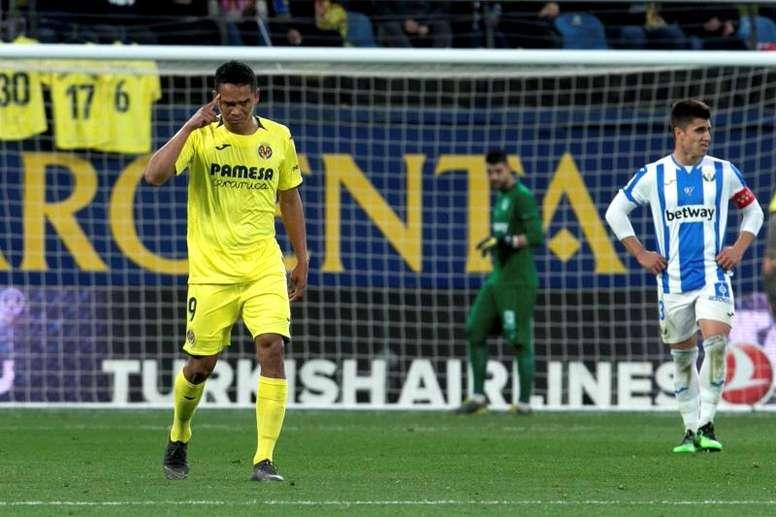 Bacca y el Villarreal arriman el hombro. EFE