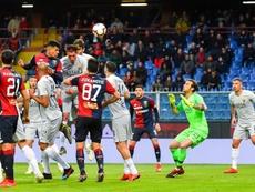 El Genoa pudo sentenciar en el 96' de penalti. EFE