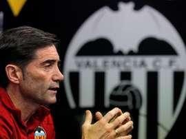 Marcelino descartó un marcaje al hombre a Messi. EFE