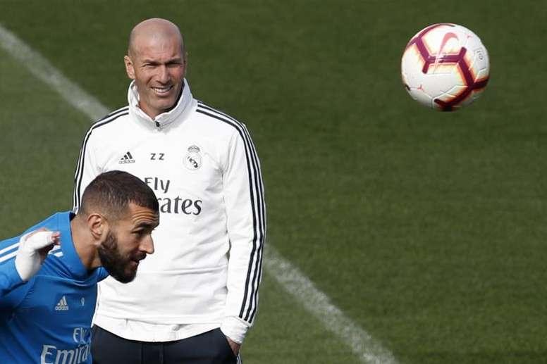 Zidane pourrait faire un onze qu'avec des attaquants. EFE/Archive