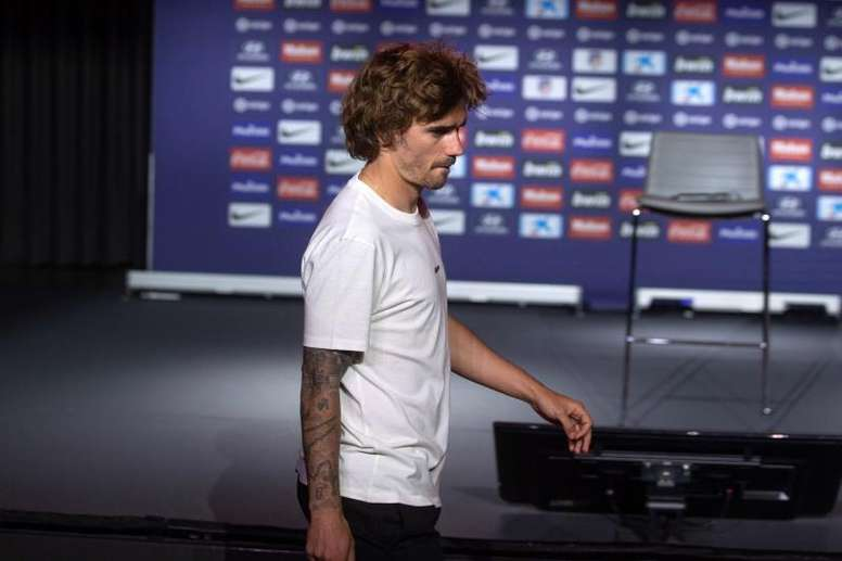 Barcelona want to sign Griezmann as soon as possible. EFE