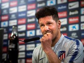 Simeone reveals he wanted Godin to continue. EFE