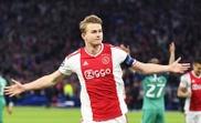 De Ligt wants more from Barcelona. EFE