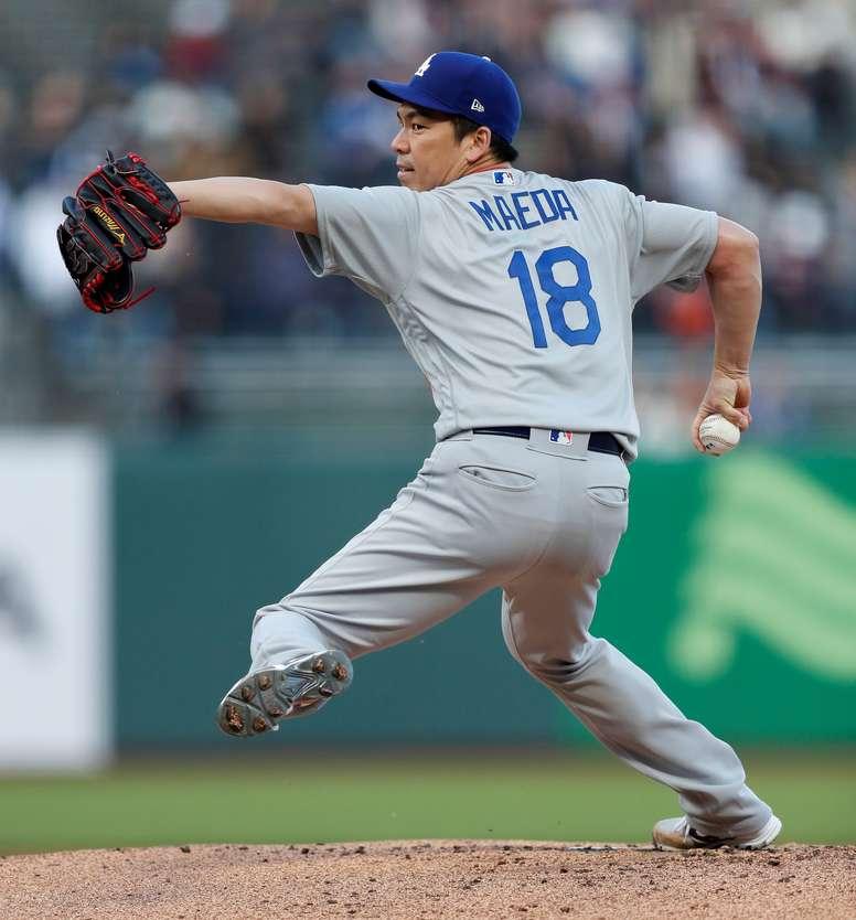 Kenta Maeda de los Dodgers de Los Ángeles durante un partido de la MLB en el Oracle Park de San Francisco (EE.UU.). EFE/Archivo
