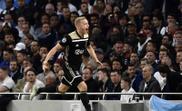 Van de Beek rejects Mourinho and picks Madrid. EFE