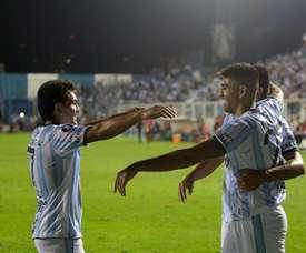 Cuatro equipos luchan por el sueño de levantar la Copa. EFE/Archivo